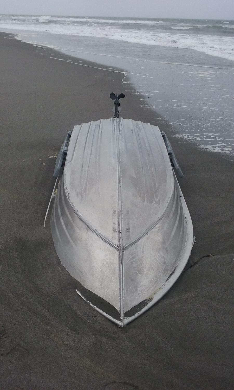 Vessel flips on Whakatane bar